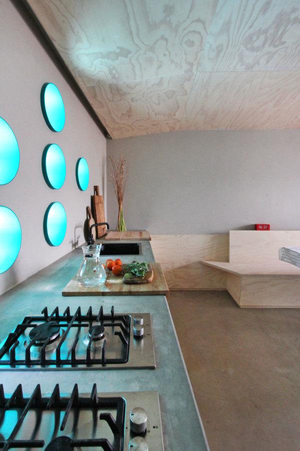 Piccolo rifugio privato in collina idee ristrutturazione - Cucina particolare ...