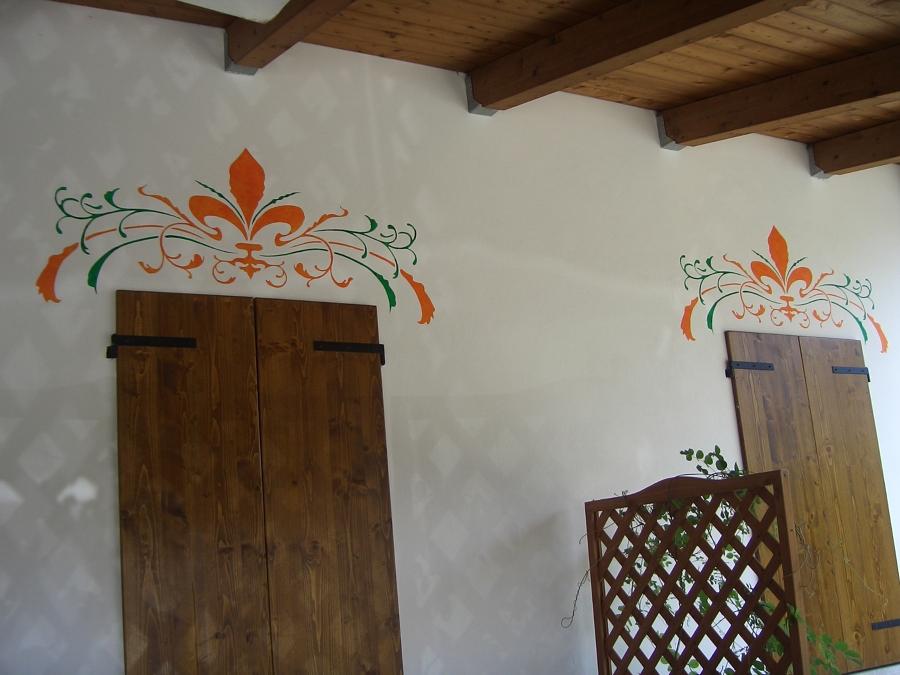 Decorazione in esterno per finestre idee imbianchini for Decorazione finestre