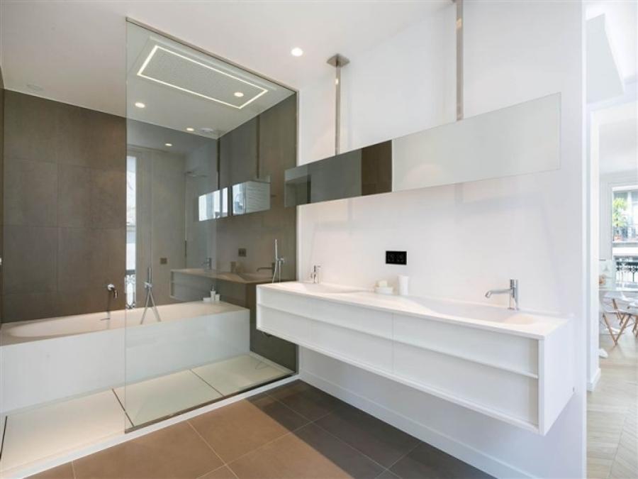 Foto particolare vasca doccia di arredatrice di interni for Arredatrice di interni
