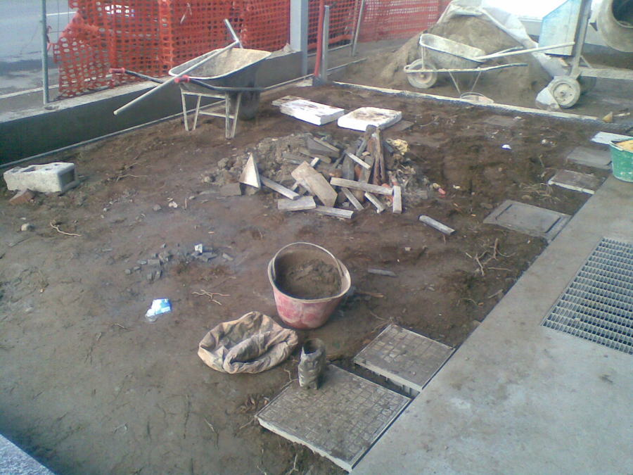 Progetto pavimentazione a secco per giardino idee - Rimuovere cemento da piastrelle ...