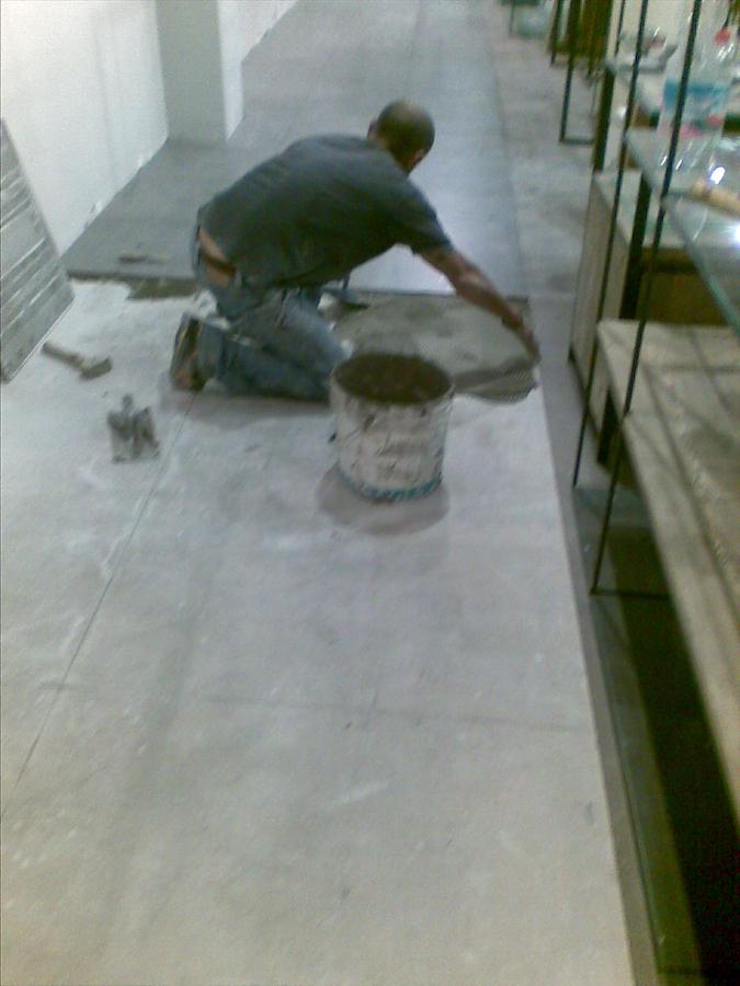 Pavimenti - Posa in opera pavimenti in ceramica.