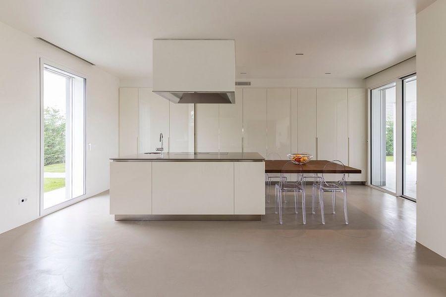 pavimento cucina in resina