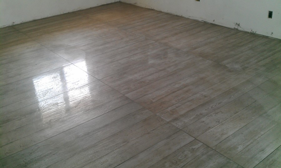 pavimento gres 120x62 a Villa Cortese
