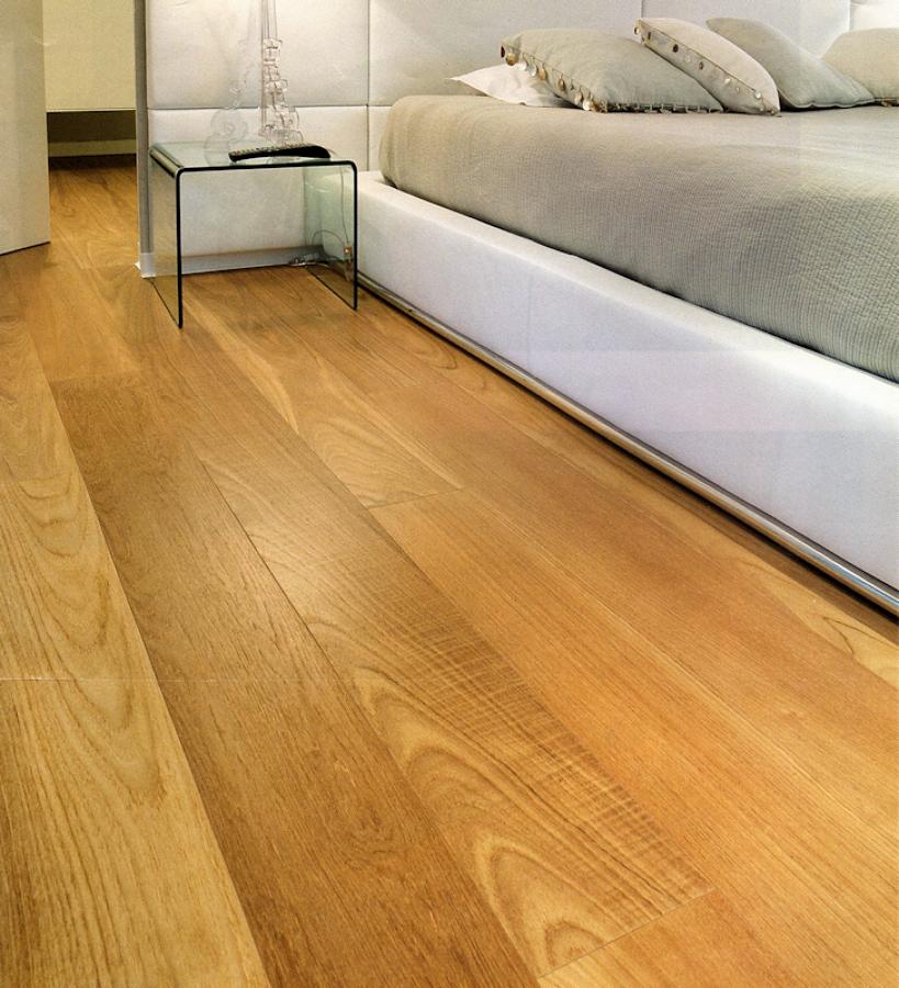 Pavimento in legno.