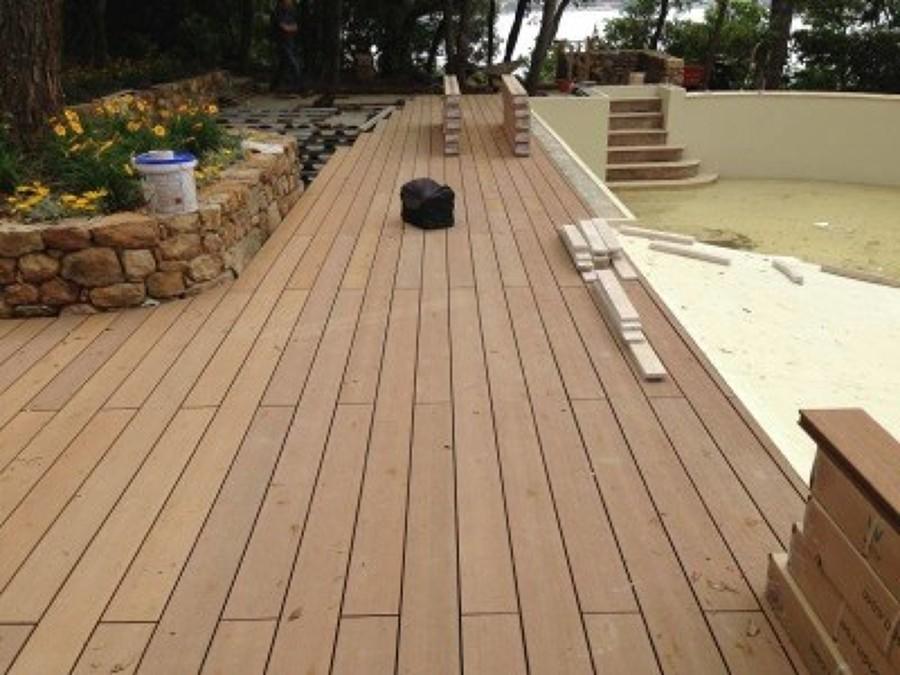 Foto pavimento in legno per esterno di la maison srl - Pavimenti in legno per esterni ikea ...