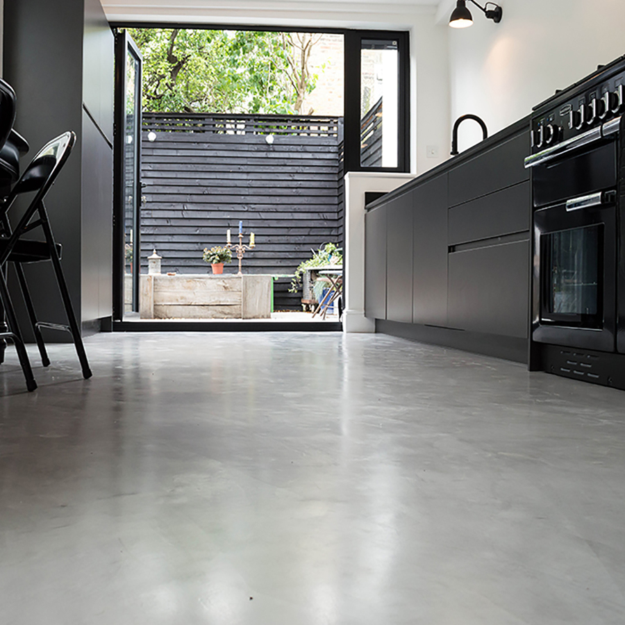 Foto pavimento in resina effetto cemento di rossella - Pavimento de microcemento ...