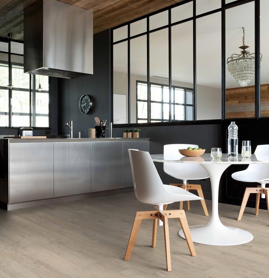 Scegli il miglior pavimento per la tua cucina idee for Pavimento vinile