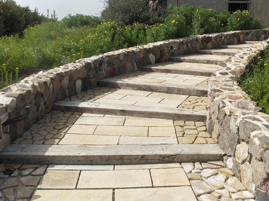 Pavimento Esterno Pietra : Foto: pavimento per esterno in pietra quarzite gialla di lg marmi e