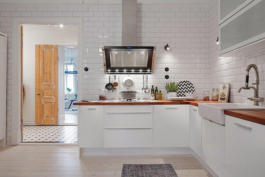 Foto: Piano di lavoro Cucina De Valeria Del Treste #326180 ...
