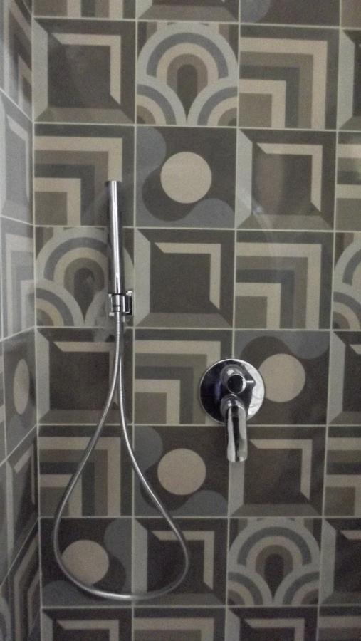 piastrella doccia