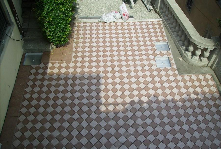 Piastrellatura terrazzo Bergamo