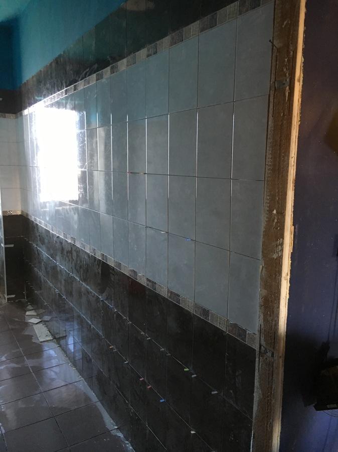 Ristrutturazione parziale idee ristrutturazione casa - Sovrapposizione piastrelle bagno ...