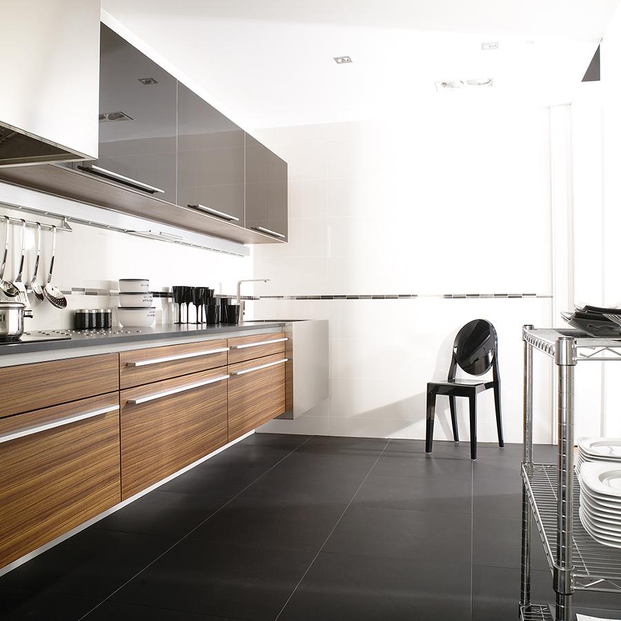 Scegli il miglior pavimento per la tua cucina idee - Piastrelle rettificate ...