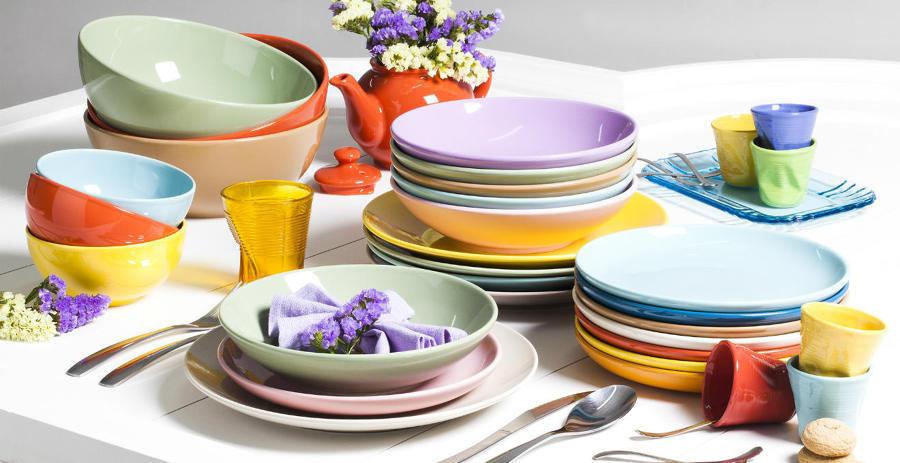 Foto piatti e bicchieri di marilisa dones 340582 for Piatti e bicchieri colorati