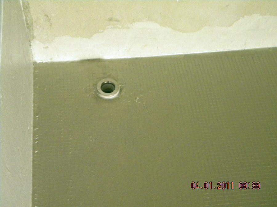 piatto doccia in muratura filo pavimento