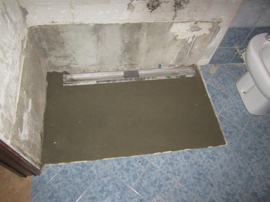 Progetto di trasformazione vasca in doccia idee - Cambiare piatto doccia ...