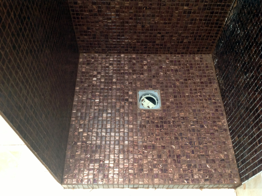 Progetto rifacimento doccia idee ristrutturazione bagni - Posare un piatto doccia ...