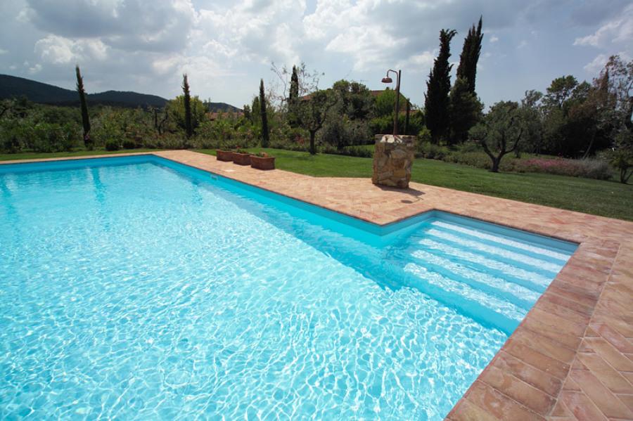 Foto piscina a castiglione di manisi piscine service for Castiglione piscine