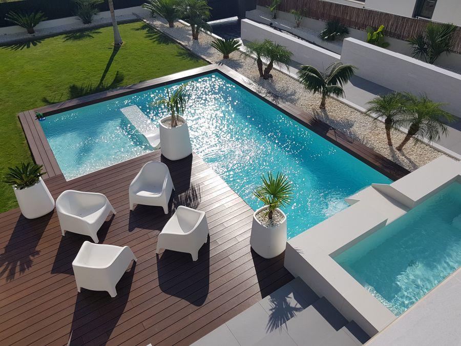 Le piscine pi sorprendenti dei famosi idee interior for Interior designer famosi