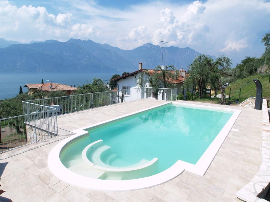 Progetto piscina skimmer in cemento armato idee - Costruzione piscina in cemento armato ...