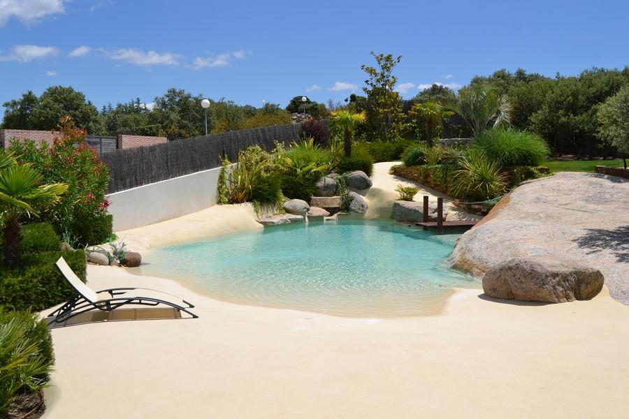 Piscine di sabbia la soluzione ideale per una casa a due - Quanto costa mantenere una piscina ...