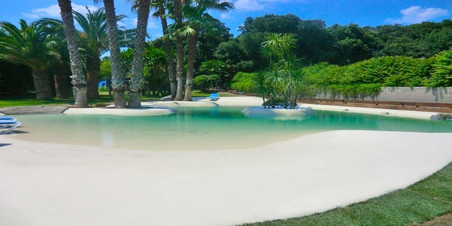 Piscine di sabbia la soluzione ideale per una casa a due - Piscina naturale ...