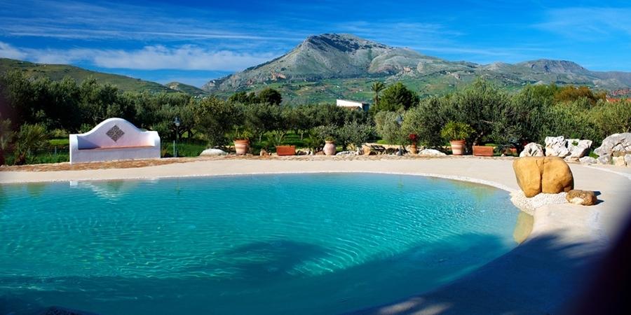 Piscine di sabbia la soluzione ideale per una casa a due - Costo manutenzione piscina ...
