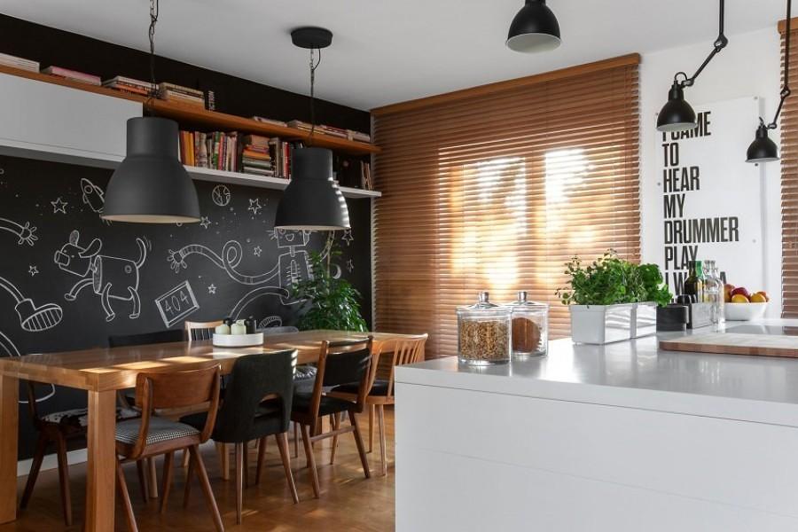 Foto pittura effetto lavagna in cucina di valeria del - Parete lavagna cucina ...