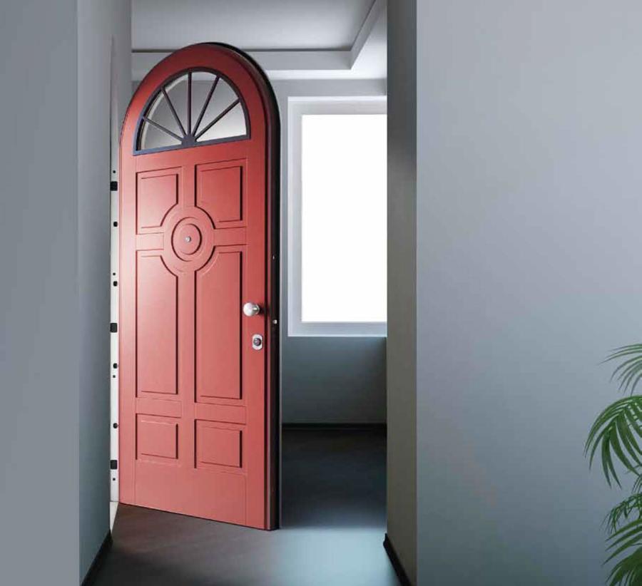 Foto porta blindata rossa di marilisa dones 402954 - Porta ingresso blindata ...