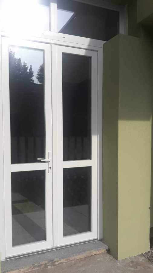 porta finestra in pvc bianco