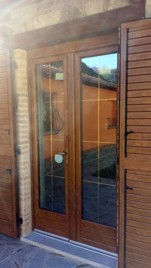 Progetto di montaggio infissi nuovi idee for Porta e finestra insieme