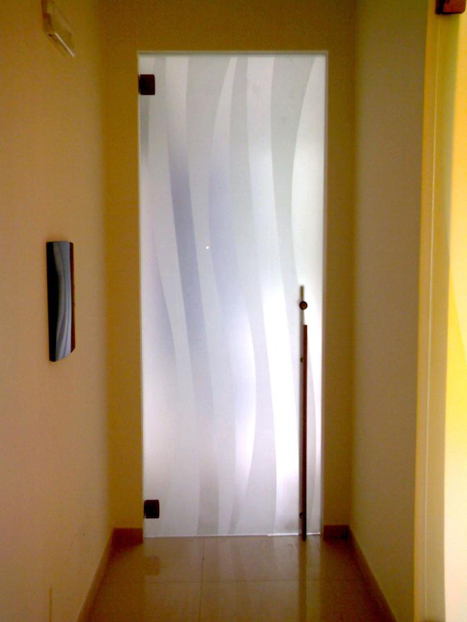 Porta in vetro decorato