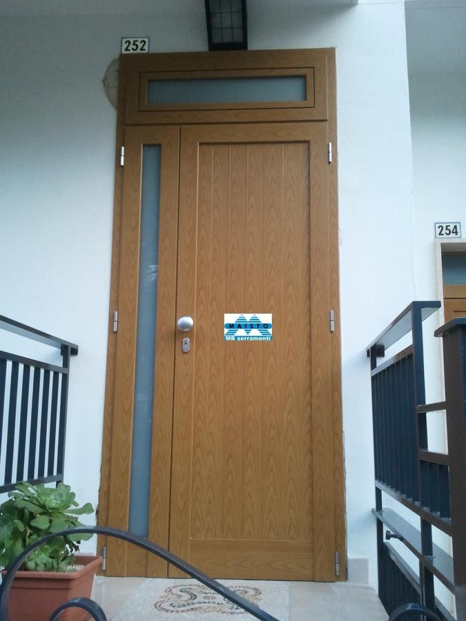 Portoncino ingresso idee fabbri - Riparazione finestre vasistas ...