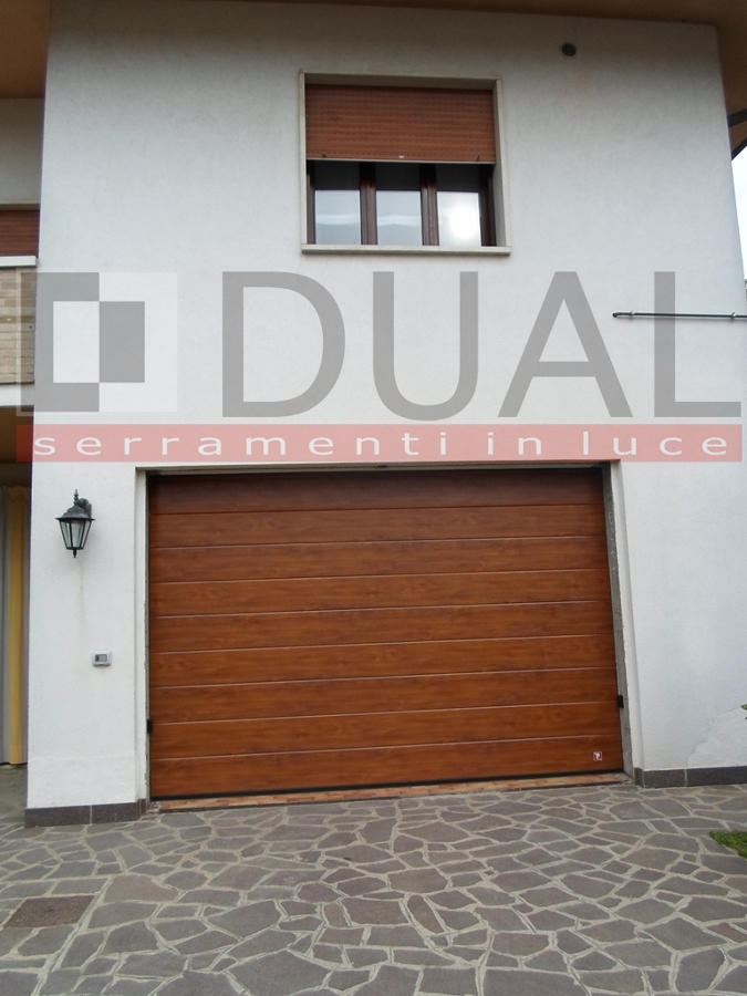 Porta sezionale garage