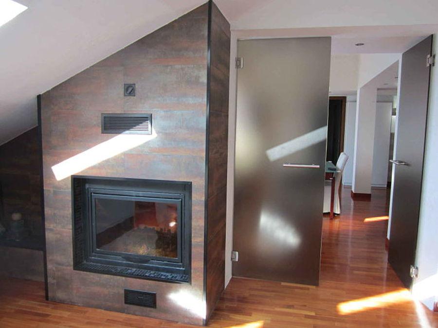 Foto porta vetro doppio battente colore bronzo di milano ristrutturazione srl 332869 habitissimo - Porta a doppio battente ...