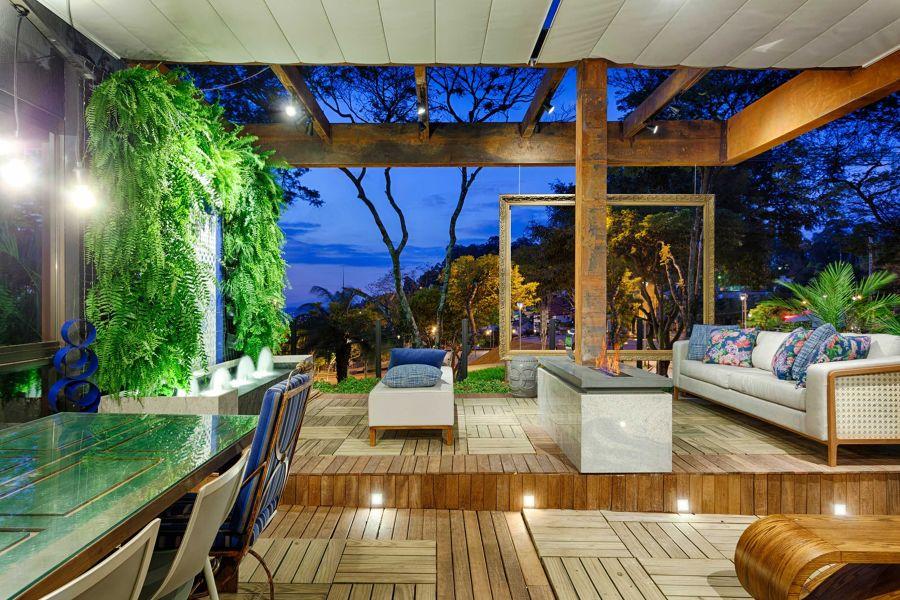 portico luxury