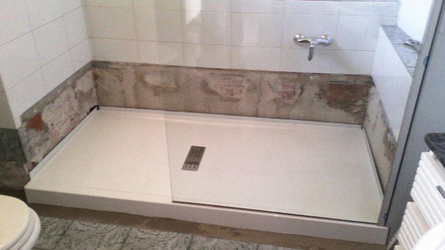 Trasformazione da vasca bagno in doccia idee - Posa piatto doccia prima o dopo piastrelle ...