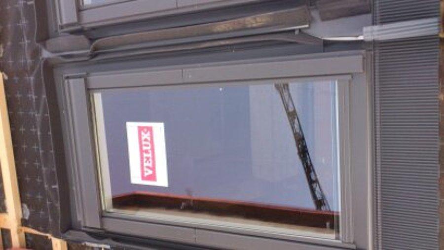 Posa finestre per tetto tipo velux idee tetti for Velux tetto