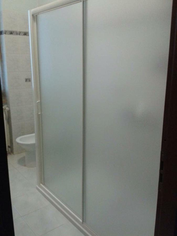 Trasformazione vasca in doccia con lusa restauri idee - Trasformazione vasca in doccia torino ...