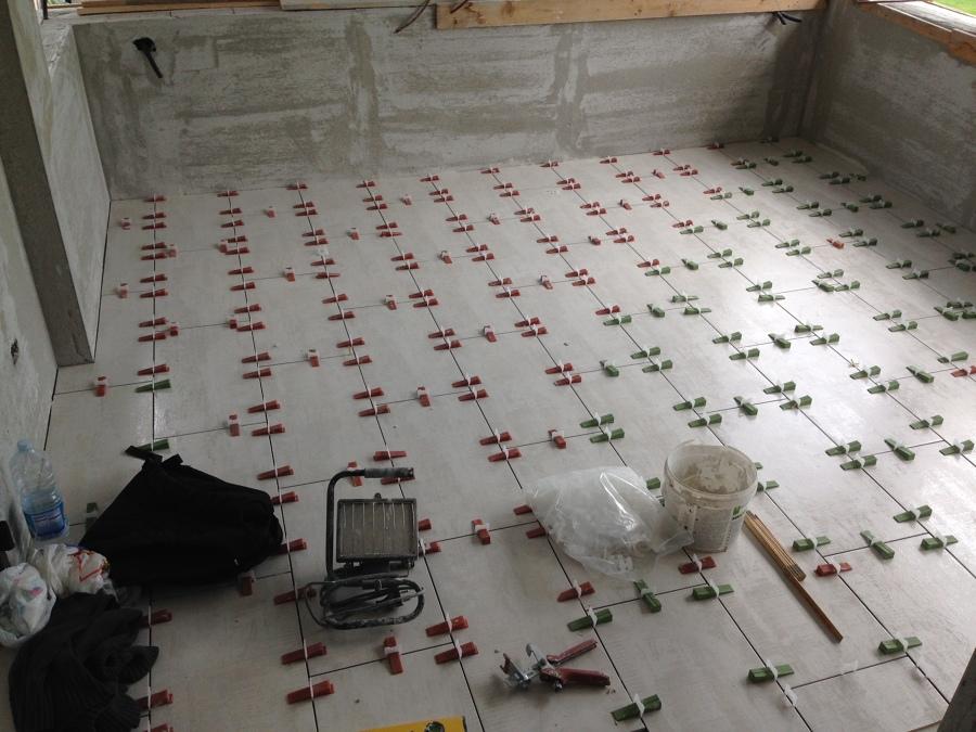 Foto posa pavimenti terrazzo di interni chiavi in mano 361783 habitissimo - Piastrellisti a trieste ...