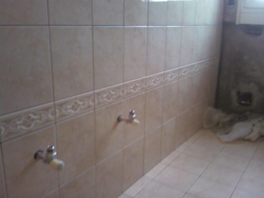Foto posa piastrelle bagno di maximeasa gabriel 241815 - Video posa piastrelle ...