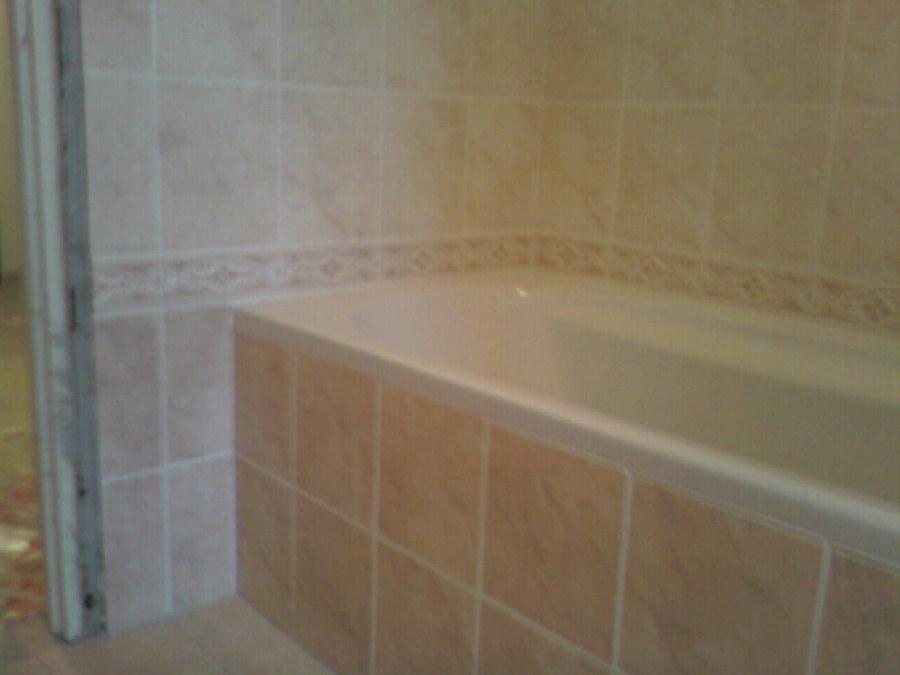Foto posa piastrelle bagno di maximeasa gabriel 241825 - Posa piastrelle bagno ...