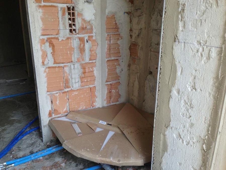 Ristrutturazione appartamento formula chiavi in mano idee ristrutturazione casa - Posa piatto doccia prima o dopo piastrelle ...