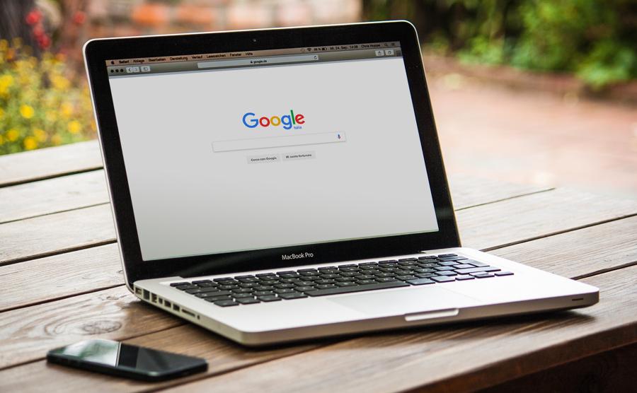 Posiziona la tua attività su internet