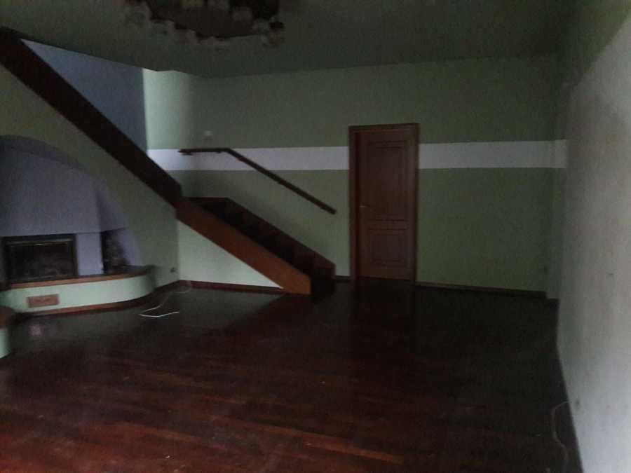 Prima della ristrutturazione Arredamento Magenta soggiorno