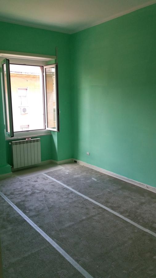 Prima mano tinta verde