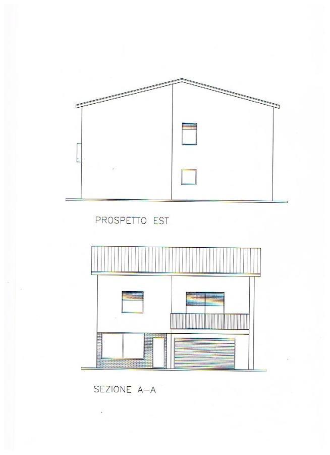 Progetto ristrutturazione casa singola due piani idee for Casa su due piani progetto