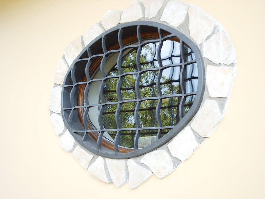 Foto protezioni per finestre e porte de edilsider sas di racconto giuseppe c 211146 - Protezioni per finestre ...