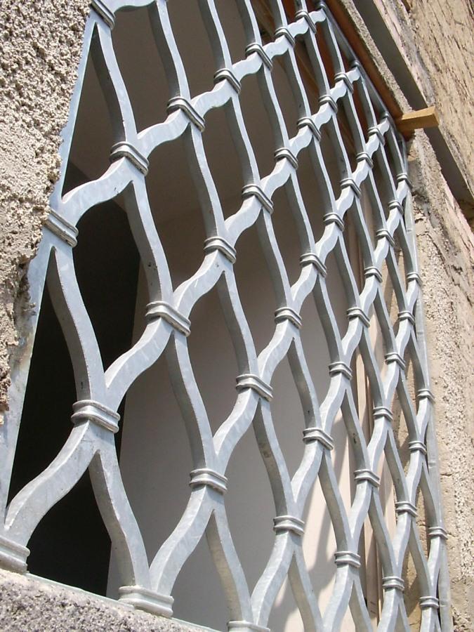 Foto protezioni per finestre e porte de edilsider sas di racconto giuseppe c 211148 - Protezioni per finestre ...