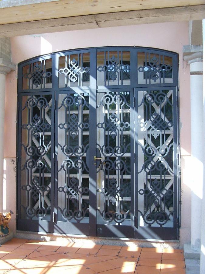 Foto protezioni per finestre e porte di edilsider sas di - Porte e finestre vicenza ...